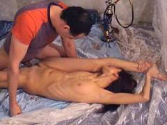 Flexible babe offers blowjob