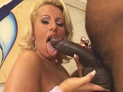 Big cock screwing blonde